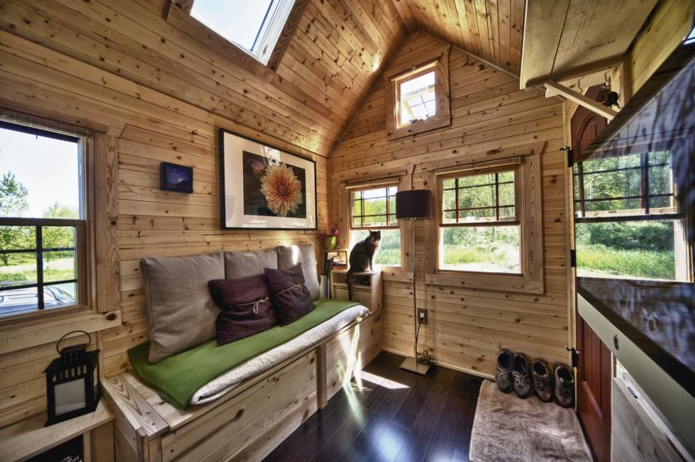 """Tiny House Interior: Mark Milanese On """"Tiny House Nation"""" TV Show"""